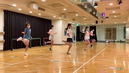 アイドルダンス1 (2).jpg