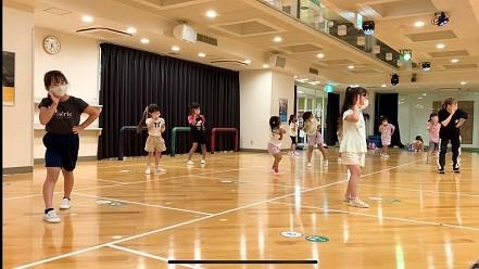 アイドルダンス2 (2).jpg